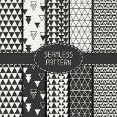 pic of tile  - Set of geometric monochrome seamless pattern with triangle - JPG