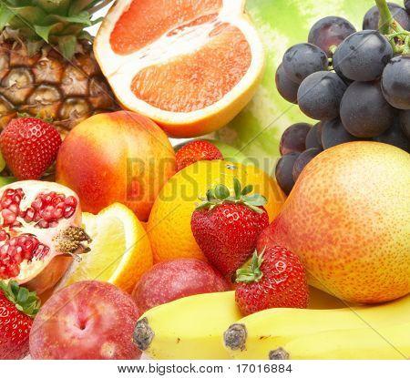 Постер, плакат: Спелые свежие фрукты Полноценное питание , холст на подрамнике