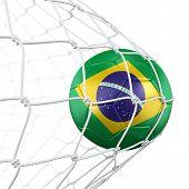 renderização 3D de uma bola de futebol brasileiro em uma rede