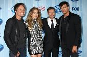 LOS ANGELES - JAN 14:  Keith Urban, Jennifer Lopez, Ryan Seacrest, Harry Connick Jr. at the American