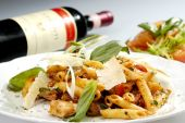 image of chinese parsley  - Italian pasta w chicken pieces and spinach - JPG