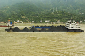 picture of coal barge  - Coal barges on the Yangtze river in Central China - JPG