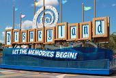 Disneyland Sign