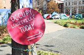 Ocupam local de protesto de Louisville