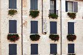 Italian Window Pattern