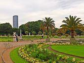 No jardim De Luxemburgo, na cidade de Paris