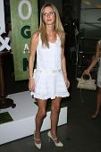 Nicky Hilton  at the Rogan For Target Debut at Barneys New York. Barneys New York, Beverly Hills, CA. 05-15-08