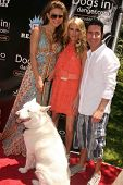 Maria Menounos with Shana Wall and Todd Krim  at