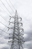 A high voltage transmission line