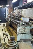 Old Metal Lathe Machine