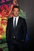 LOS ANGELES - DEC 10:  Josh Brolin at the