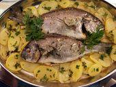Orata y patatas Parsyl