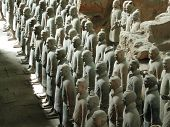 pic of qin dynasty  - Terra Cotta Warriors stand vigilantly before the 2000 - JPG