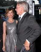 LOS ANGELES - AUG 8: Calista Flockhart, Harrison Ford kommt bei der