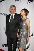 LOS ANGELES - AUG 8: Harrison Ford, Calista Flockhart kommt bei der