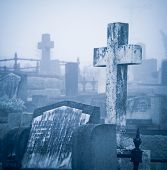 Friedhof in Nebel
