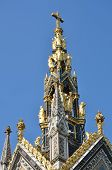 foto of kensington  - Top of albert memorial london kensington london - JPG