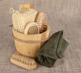 foto of pumice-stone  - Small wooden spa set with sponge - JPG