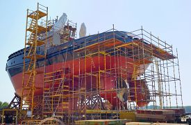 picture of shipyard  - Construction of the ship in shipyard - JPG