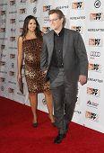 NUEVA YORK - el 10 de octubre: Actor Matt Damon y esposa asistir a la Premier de