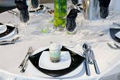 Elegant wedding dinner in black tone