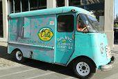Del's NYC Frozen Lemonade Truck