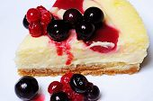 Red berry cheesecake.