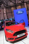 Red Ford Fiesta St
