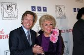 LOS ANGELES - MAR 18:  Nigel Lythgoe; Mitzi Gaynor arrives at the Professional Dancer's Society Gyps