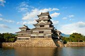 schöne mittelalterliche Burg Matsumoto in der östlichen Honshu, japan