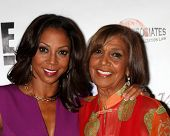 LOS ANGELES - SEP 19:  Holly Robinson Peete, Dolores Robinson at the Heller Awards 2013 at Beverly H