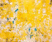 Grungy yellow wall texture