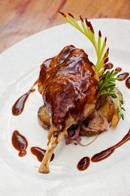 picture of canard  - Duck pestle with potato and garlic - JPG