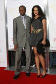 LOS ANGELES - NOV 1: Sidney Poitier and daughter Sydney at the screening of 'Precious: Based On The