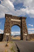 Nordeingang des Yellowstone Np
