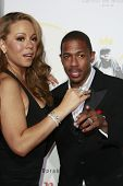 LOS ANGELES - NOV 1: Mariah Carey and Nick Cannon at the screening of 'Precious: Based On The Novel
