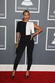 LOS ANGELES - 10 de FEB: Beyonce Knowles llega a la 55 ª entrega anual del Grammy en el Staples Center