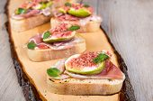 Crostini With Fresh Fig, Peppermint And Prosciutto Ham