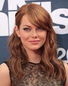LOS ANGELES - JUN 05:  EMMA STONE arriving to MTV Movie Awards 2011  on June 05, 2011 in Hollywood,