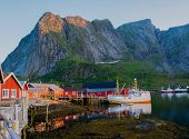 pic of reining  - Traditional fishing boat in Reine village - JPG