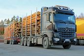 Mercedes-benz Arocs 3263 Timber Truck