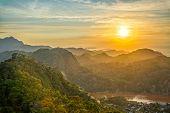 ������, ������: Green Hills Sunset