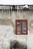 Icicles Hangingon The Roof