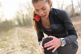 picture of knee  - Sport and fitness injury  - JPG
