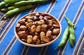 foto of bean-pod  - Roasted broad beans  - JPG