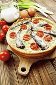 ������, ������: Kish With Sprats And Cherry Tomatoes