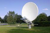 Parabolic Retro Antenna