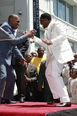 LOS ANGELES - MAY 2: Jamie Foxx and Sean 'P Diddy' Combs at a ceremony honoring him with a star on t