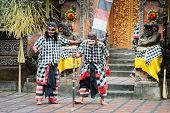 Mostra de teatro de Barong clássica tradicional em Bali