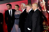 LOS ANGELES - NOV 18:  L Hemsworth, J Lawrence, D Sutherland, J Hutcherson, Phillip Seymour Hoffman,